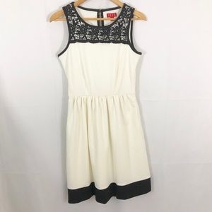 Elle Black Lace White Fit and Flare Dress 4